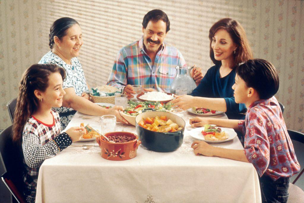 義理実家でご飯会 家族集合 会食